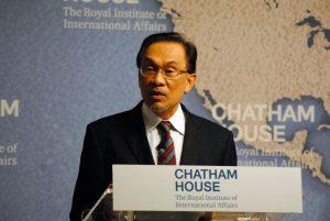 Jejak Karir Anwar Ibrahim