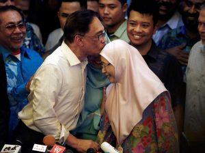 Kasus Sodomi Menyeret Mundur Anwar Ibrahim dari Parlemen